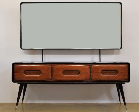 Midcentury Italian dressing table in rosewood designed by Vittorio Dassi