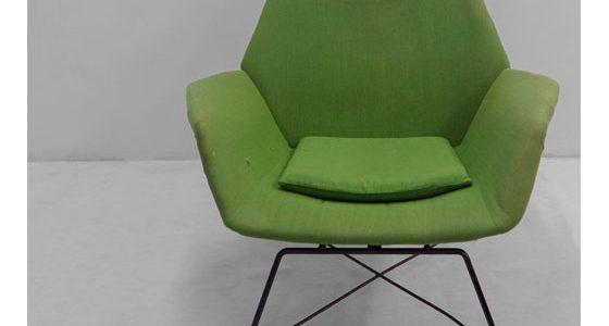 Poltrona reclinabile verde disegnata da Augusto Bozzi per Fratelli Saporiti anni 50.