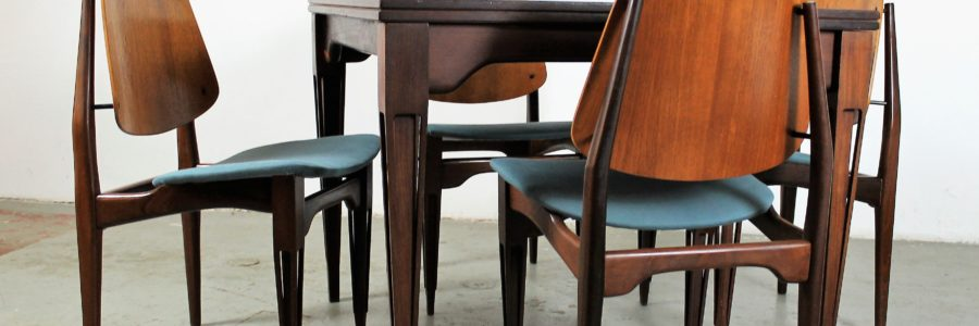 Teak veneer and rosewood dining extendable table & 6 chairs by Fratelli Proserpio, 1950s