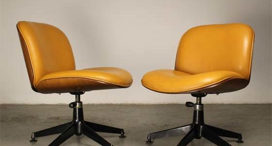 Pair of italian swiven chairs by Ico Parisi for MIM in the 50s